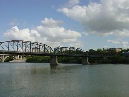 victoria_bridge.JPG