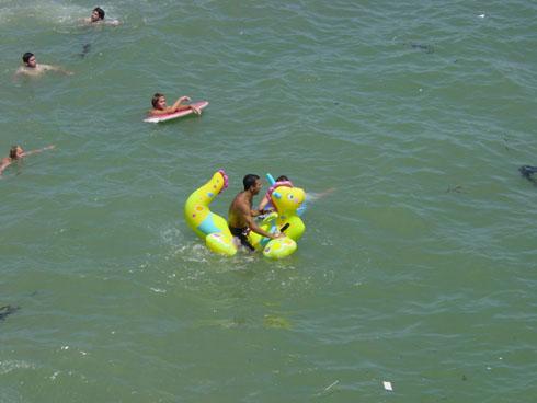 inflatable_in_ocean.jpg